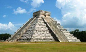 Chichen Itzá. Descubre la época más barata para viajar a las 7 maravillas del mundo moderno