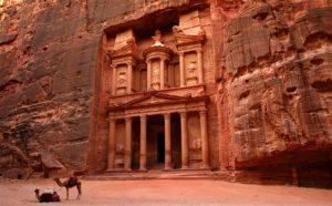 Petra, Jordania. Descubre la época más barata para viajar a las 7 maravillas del mundo moderno