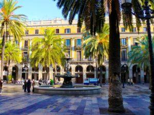 10 Cosas Que Hacer Gratis en Barcelona: Paseo por El Barrio Gótico
