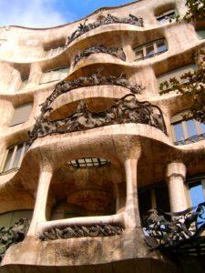 10 Cosas Que Hacer Gratis en Barcelona: Caminar por Passeig di Gracia